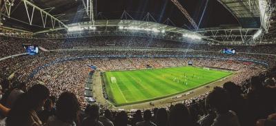 Vuelve el público a los estadios