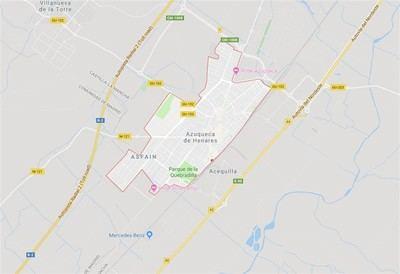 Tres policías locales afectados por inhalación de humo tras el incendio en un bar
