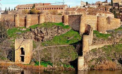 El Ayuntamiento de Toledo ilumina de naranja este lunes el Baño de la Cava