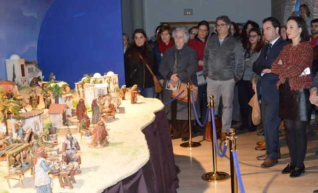 Inaugurado el Belén municipal en el Centro Rafael Morales