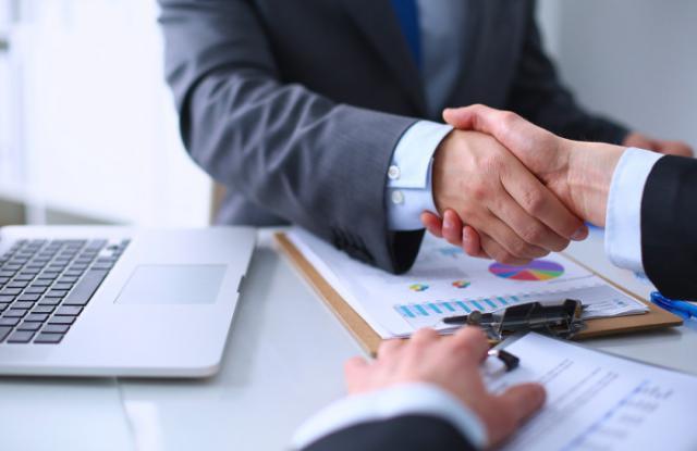El Gobierno de Castilla-La Mancha aprueba 2,5 millones de euros para ayudas a la contratación indefinida