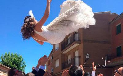 La gran boda de Isabel Pérez y José Rubio, ex jugador del Talavera