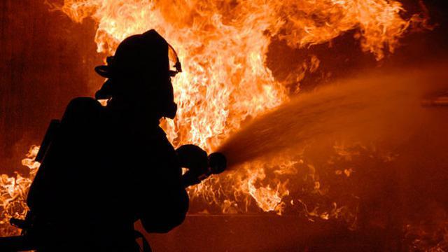 Arde un silo que almacena 1.500 toneladas de pipas de girasol