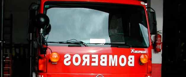 Cinco heridos leves en un incendio provocado por un calefactor en El Casar