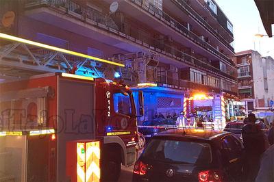 Operativo frente al número 7 de la calle Santa Agueda, donde se produjo el suceso