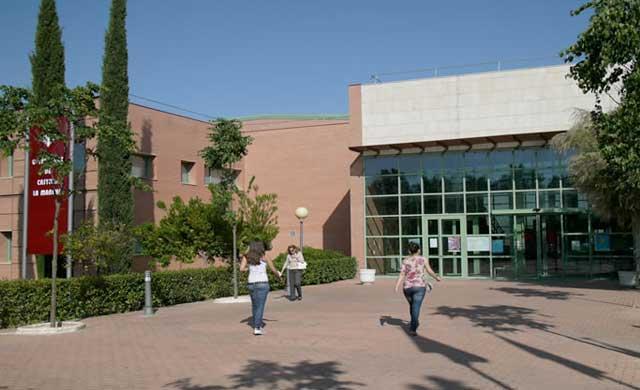 La UCLM oferta 95 plazas de empleo público del personal de administración