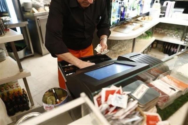 CLM aprobará más de 200 millones en ayudas directas a empresas
