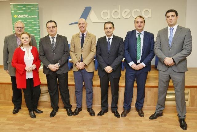 Fundación Caja Rural CLM y ADECA trasladan a los empresarios claves para mejorar la comunicación en sus negocios