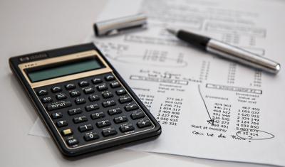CLM | Te contamos cómo pagar tus impuestos mediante Correos