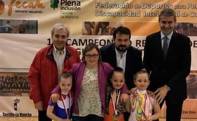 'Superación y pasión' en el Campeontato Regional de Gimnasia Rítmica
