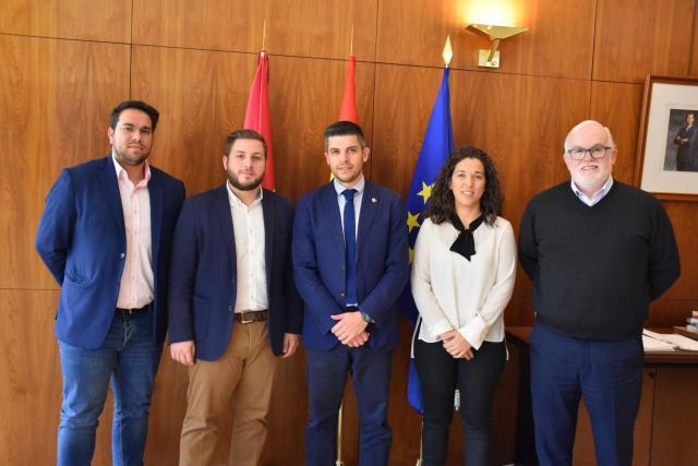 La Junta aborda con el Ayuntamiento de Campo de Criptana asuntos relacionados con el transporte y el desarrollo urbano de la ciudad