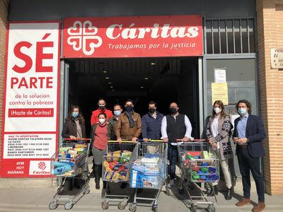 TALAVERA | NNGG entrega 1.200 kilos de alimentos a Cáritas