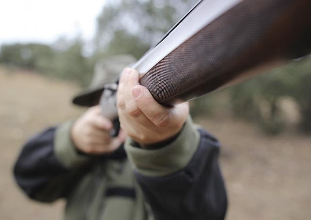 Herido en una mano un hombre de 47 años tras un accidente de caza