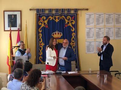 Silvia Díaz del Fresno seguirá siendo la alcaldesa de Cebolla (fotos)