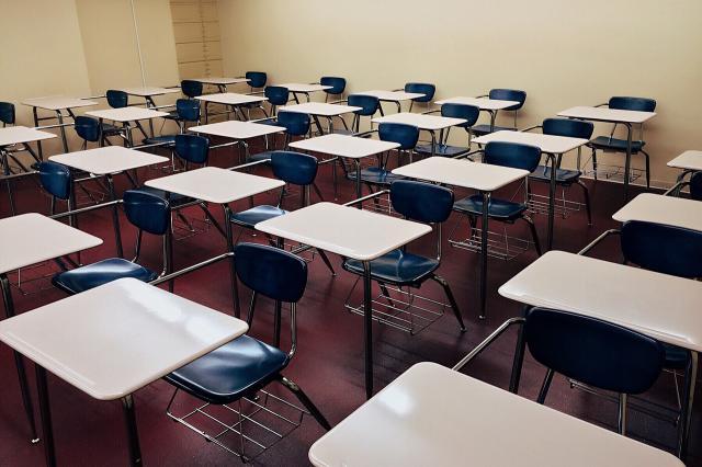 """ÚLTIMA HORA   Los alumnos pasarán de curso, salvo casos """"muy excepcionales"""""""