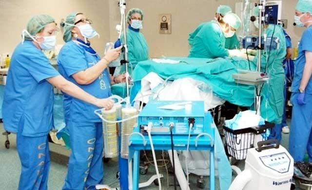 Rechazan cubrir las bajas de personal sanitario en 48 horas