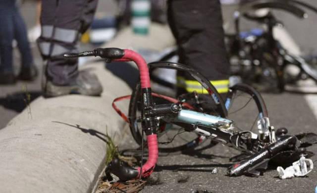 La Policía pide ayuda para localizar a un conductor que atropelló a un ciclista