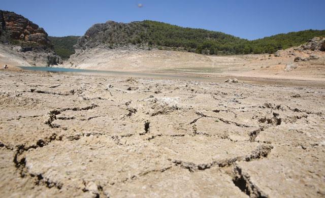 Pese a la lluvia, Entrepeñas y Buendía se siguen secando, bajan 5,82 hectómetros