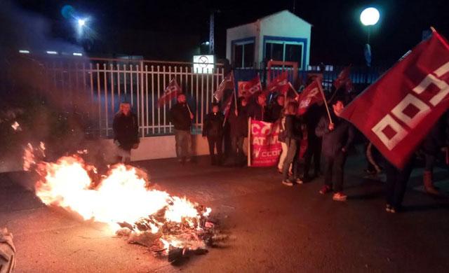 Primera jornada de huelga en mataderos de aves y conejos en la región