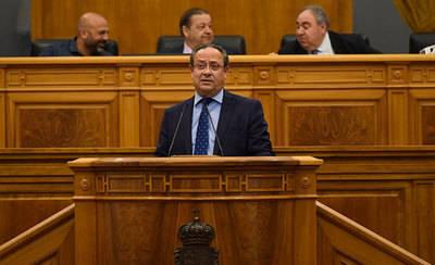 Las Cortes rechazan la idea del PP de bajar ciertos tributos pero Junta abre la puerta a estudiar la propuesta