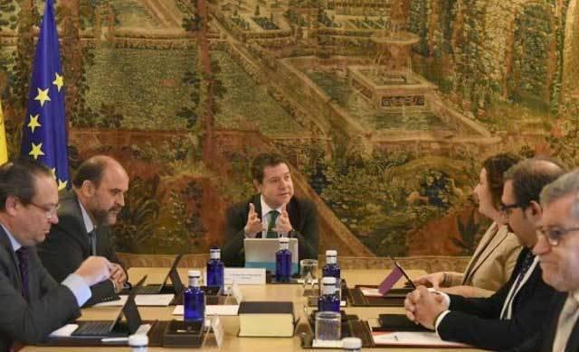 El Gobierno de CLM no se reunirá con PP y Podemos para abordar los presupuestos