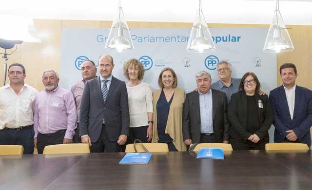 Los alcaldes 'ribereños' se reúnen con el PP para tratar el tema del agua