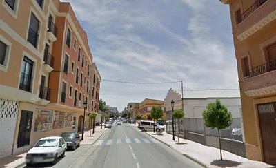 Fallece una persona tras colisionar su vehículo contra una farola