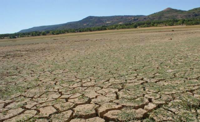 El Tajo 'seco' por 22 trasvases, no puede más, en nivel 'no trasvasable'