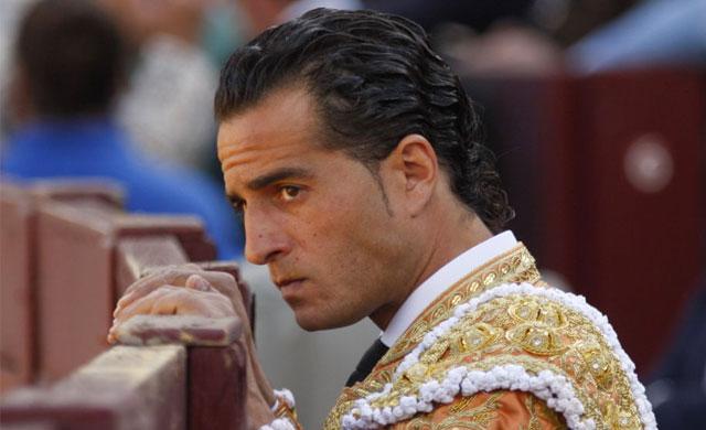 'Desolación' en Fuentelencina tras la muerte del torero Iván Fandiño