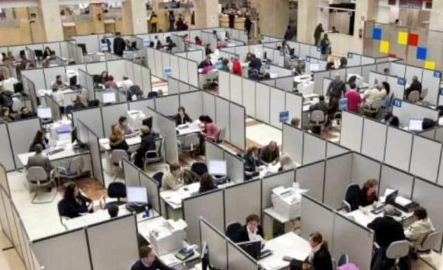 El DOCM publica el concurso de traslados de empleados públicos