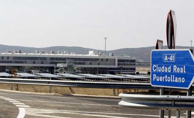 El aeropuerto de Ciudad Real, a la espera del informe de la Agencia Estatal de Seguridad Aérea para empezar a operar