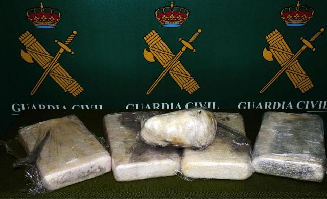 Tres detenidos en Ciudad Real con casi 5 kilos de cocaína y 1,2 de marihuana