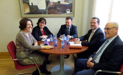 CLM favorecerá la implantación de empresas en La Solana