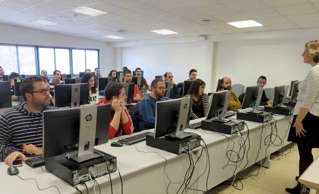 CLM y Telefónica impulsan el empleo digital para jóvenes desempleados