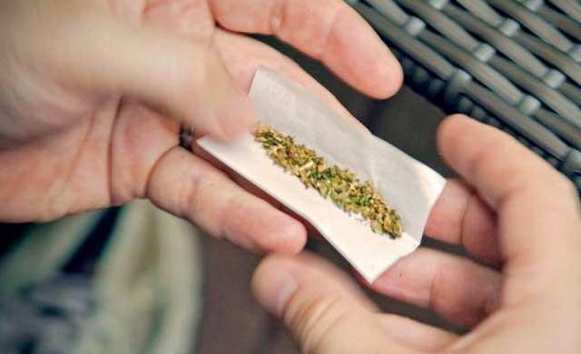 Detenido un joven por vender marihuana a menores de edad