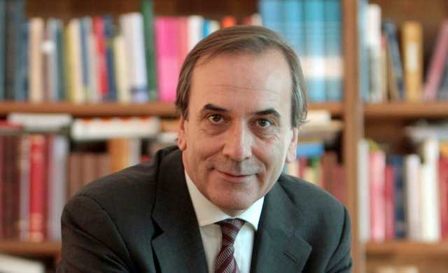 Page y Cospedal lamentan la muerte del exministro José Antonio Alonso