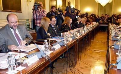 CCAA y Gobierno suprimen la tasa de reposición en OPE