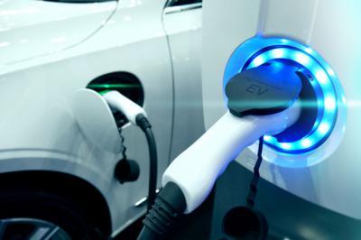 TALAVERA   Primeros puntos de recarga para coches eléctricos en zona pública