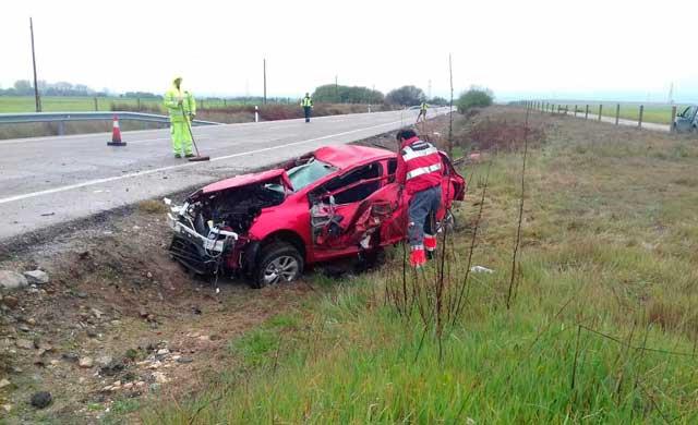 Así quedó el vehículo tras el accidente de esta mañana en la carretera de Velada