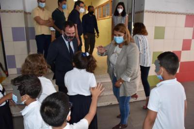 La alcaldesa de Talavera destaca un inicio de curso 'seguro' por la vacunación