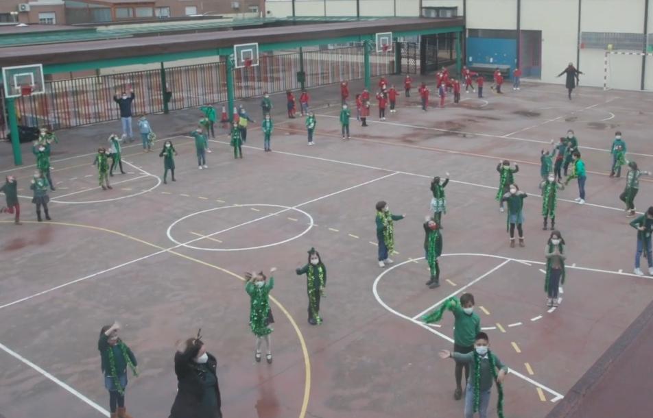 VÍDEO | El colegio Maristas de Talavera felicita la Navidad con un nuevo villancico