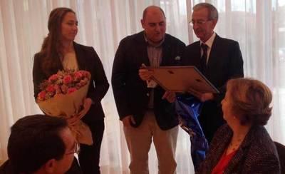 Homenaje en los Salones de Prado del Arca al comisario Jiménez Yáñez