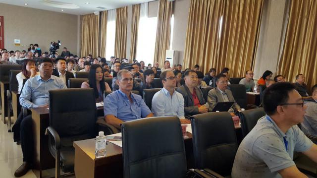 La UCLM muestra en China el potencial de España en productos medicinales del ciervo