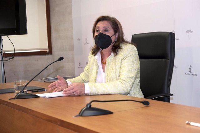 CLM | La consejera de Educación rechaza que la vacunación genere incertidumbre entre la comunidad educativa