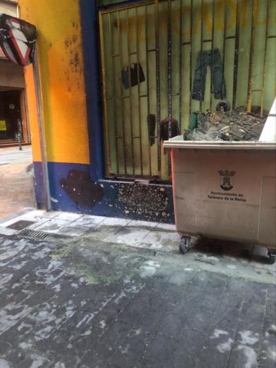 Incendian 3 contenedores en distintas calles de Talavera