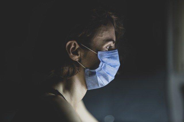 CORONAVIRUS | Sanidad reduce de 14 a 10 días la cuarentena para contactos estrechos
