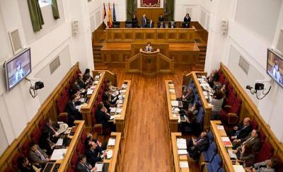 Las Cortes debatirán sobre inicio del curso escolar