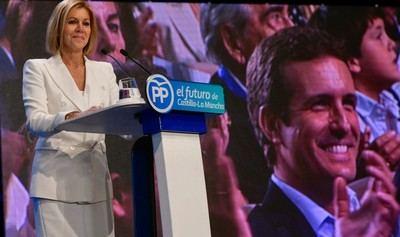 Cospedal cede a Núñez el mando del PP CLM augurando su victoria