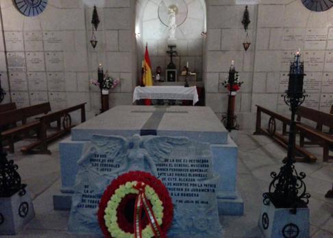 La cripta donde está enterrado el general Moscardó en el Alcázar de Toledo /  Hermandad de  Nuestra Señora del Alcázar