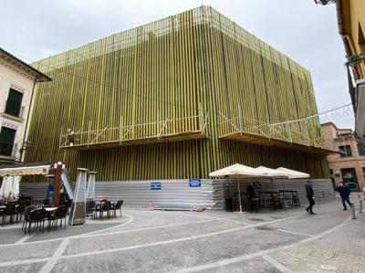 LA IMAGEN | Sí, este es el edifico de Merkamueble... donde habrá un nuevo Mercadona